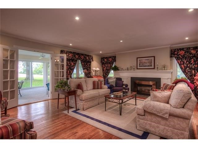 Detached at 2349 Staniland Park Rd, Fort Erie, Ontario. Image 4