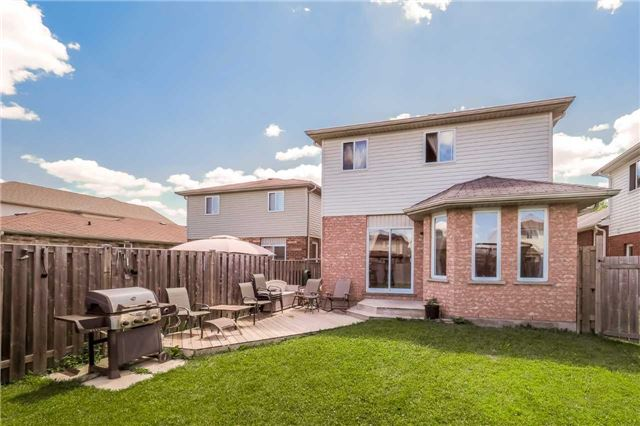 Detached at 60 Wilton Rd, Guelph, Ontario. Image 10
