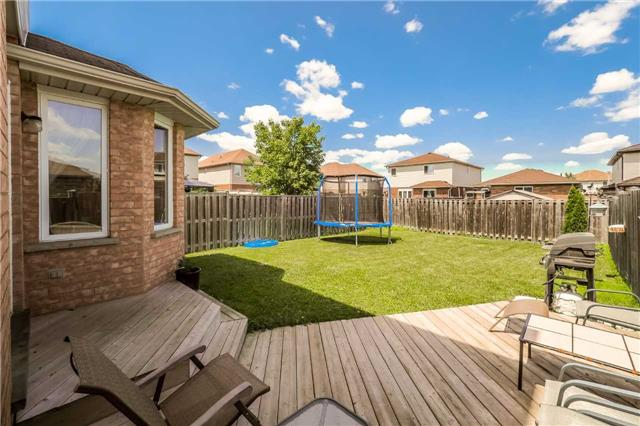 Detached at 60 Wilton Rd, Guelph, Ontario. Image 11