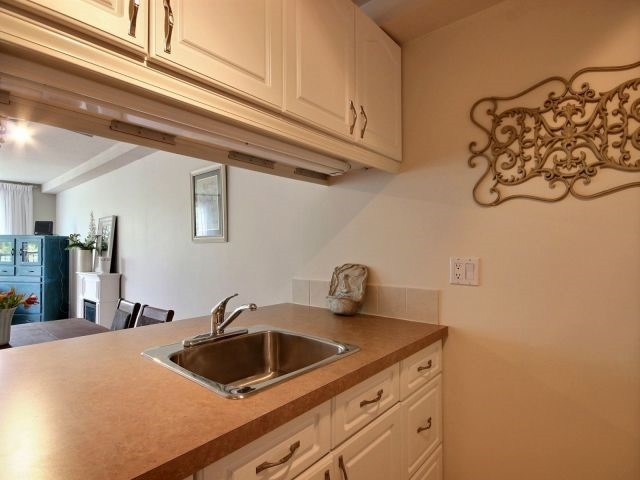 Condo Apartment at 6470 Bilberry Dr, Unit 212, Ottawa, Ontario. Image 15