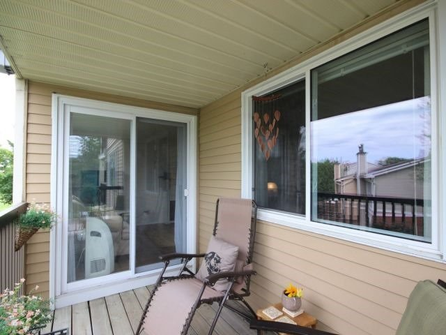 Condo Apartment at 6470 Bilberry Dr, Unit 212, Ottawa, Ontario. Image 3