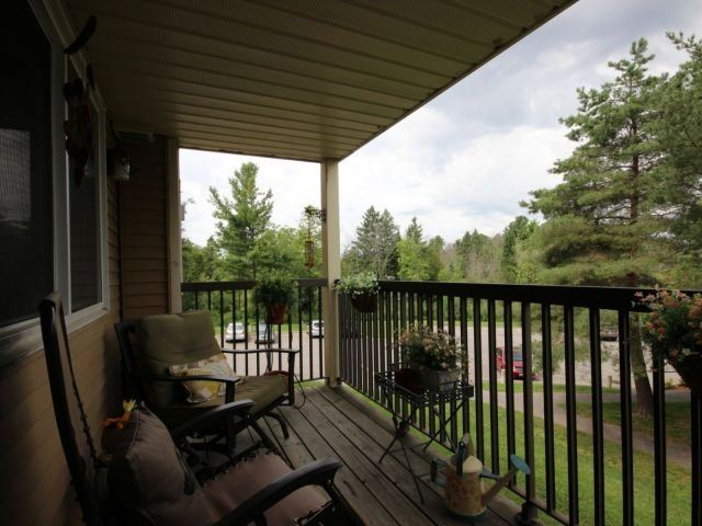 Condo Apartment at 6470 Bilberry Dr, Unit 212, Ottawa, Ontario. Image 4