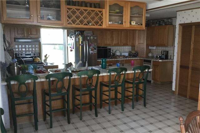 Cottage at 1 Sheridan Pt, Pelee, Ontario. Image 6