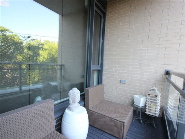 Condo Apartment at 101 Richmond Rd, Unit 210, Ottawa, Ontario. Image 3