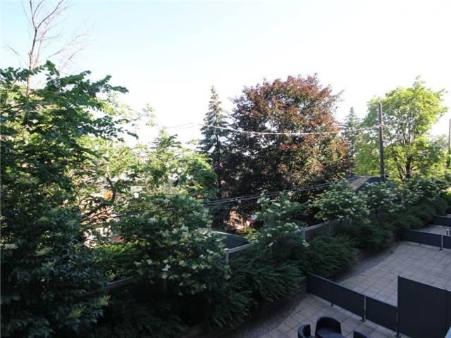 Condo Apartment at 101 Richmond Rd, Unit 210, Ottawa, Ontario. Image 5