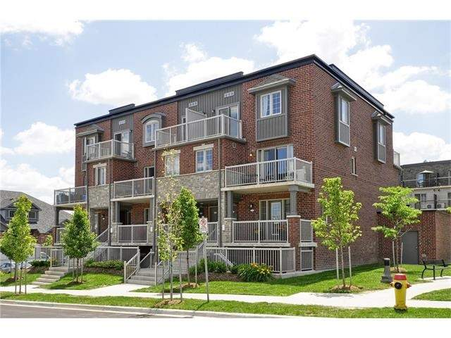 Condo Townhouse at 28 Sienna St, Unit G, Kitchener, Ontario. Image 1