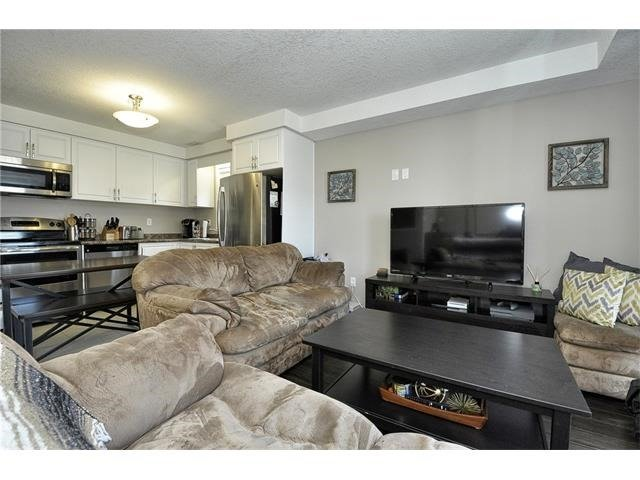 Condo Townhouse at 28 Sienna St, Unit G, Kitchener, Ontario. Image 19