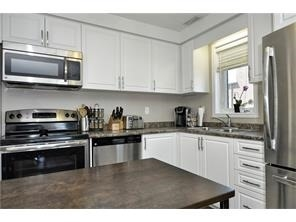 Condo Townhouse at 28 Sienna St, Unit G, Kitchener, Ontario. Image 3