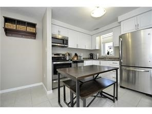 Condo Townhouse at 28 Sienna St, Unit G, Kitchener, Ontario. Image 4