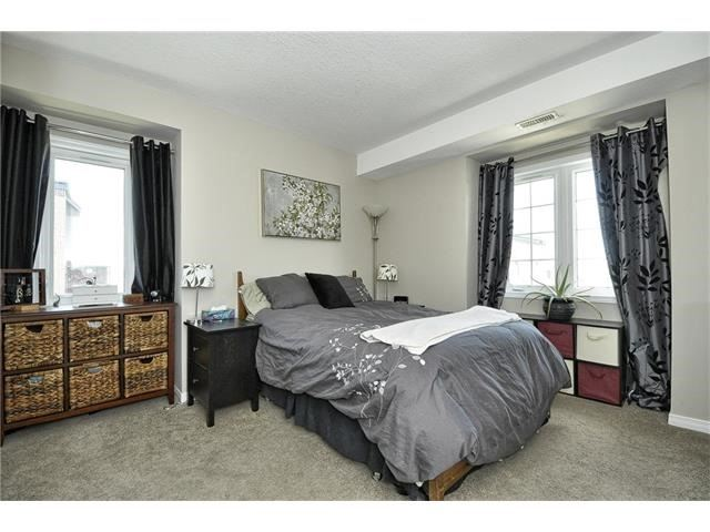 Condo Townhouse at 28 Sienna St, Unit G, Kitchener, Ontario. Image 5