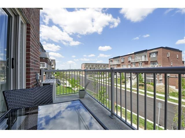 Condo Townhouse at 28 Sienna St, Unit G, Kitchener, Ontario. Image 11