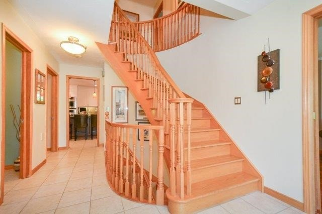 Detached at 5 Manor Wood Cres, Kincardine, Ontario. Image 13