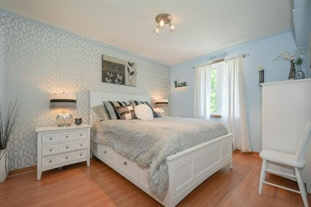 Detached at 5 Manor Wood Cres, Kincardine, Ontario. Image 17