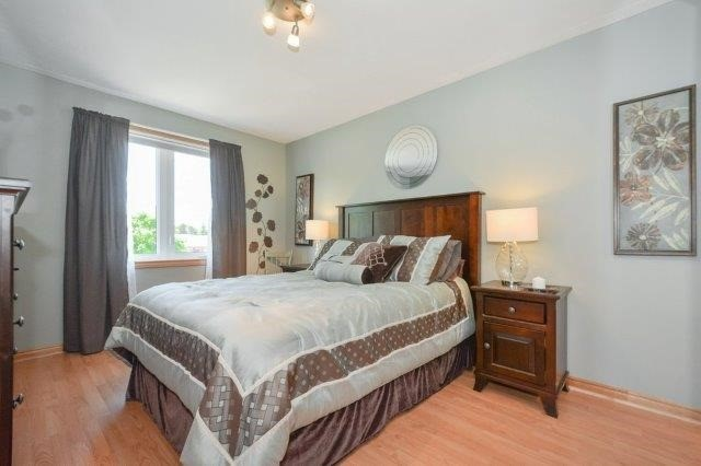 Detached at 5 Manor Wood Cres, Kincardine, Ontario. Image 18