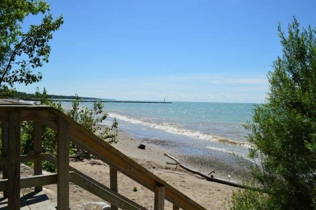 Detached at 5 Manor Wood Cres, Kincardine, Ontario. Image 9
