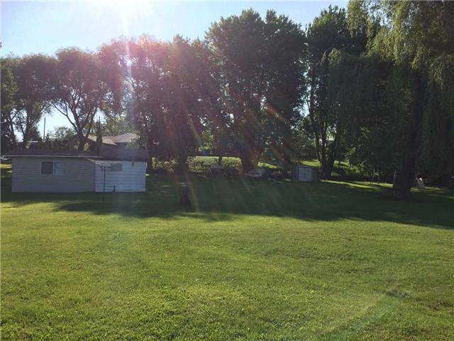 Cottage at 11 Bayview Crt, Kawartha Lakes, Ontario. Image 8