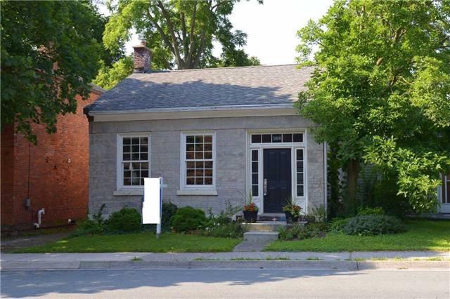 Detached at 308 King St W, Hamilton, Ontario. Image 1