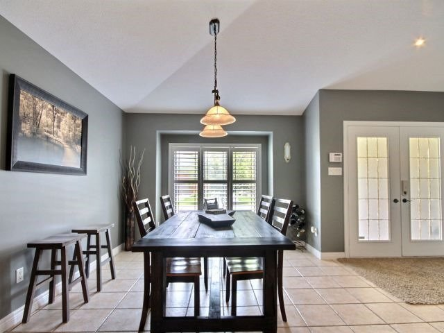 Detached at 125 Olivetree Rd, Brant, Ontario. Image 10