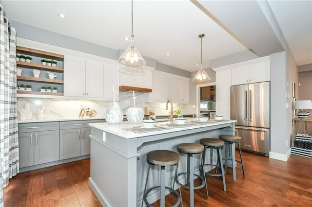 Detached at 78 Fieldstone Cres S, London, Ontario. Image 14