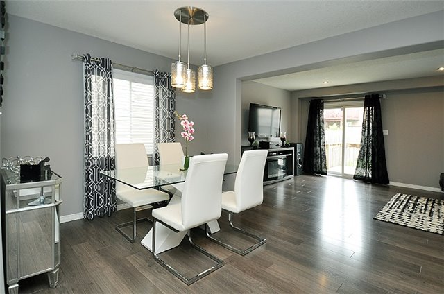 Detached at 1296 Countrystone Dr, Kitchener, Ontario. Image 15