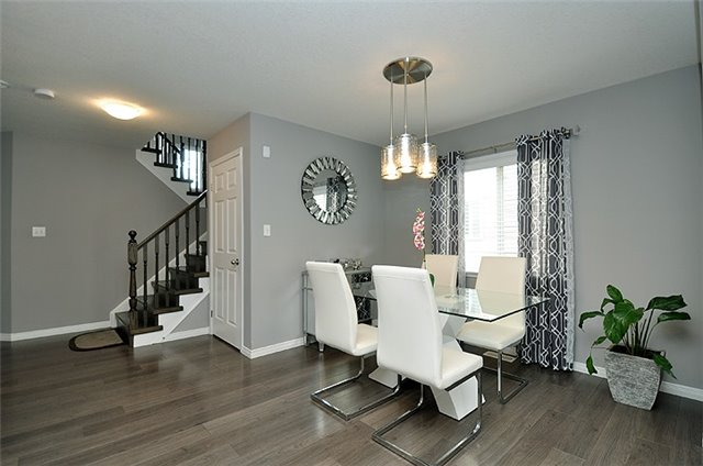Detached at 1296 Countrystone Dr, Kitchener, Ontario. Image 3