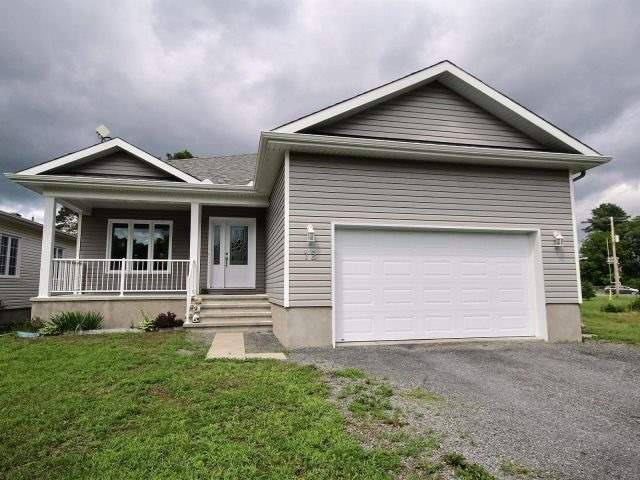 Detached at 12 Herbert St, Russell, Ontario. Image 1