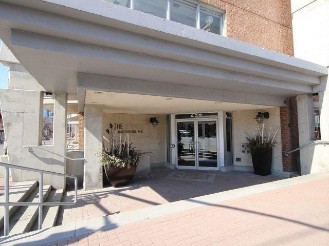 Condo Apartment at 429 Somerset St W, Unit 1005, Ottawa, Ontario. Image 2