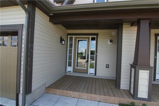 Townhouse at 12 Masters Cres, Georgian Bay, Ontario. Image 12