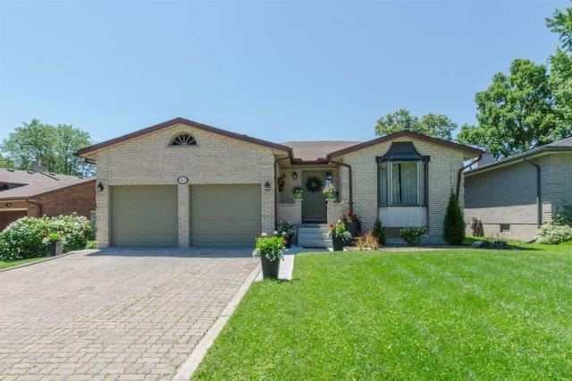 Detached at 407 Citation Dr, London, Ontario. Image 1