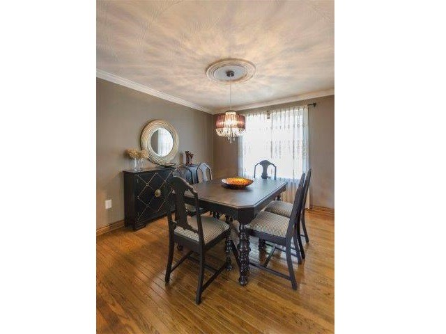 Detached at 407 Citation Dr, London, Ontario. Image 18