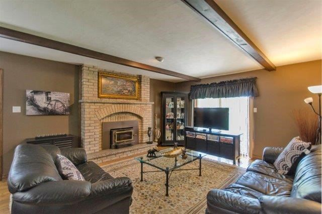 Detached at 407 Citation Dr, London, Ontario. Image 2