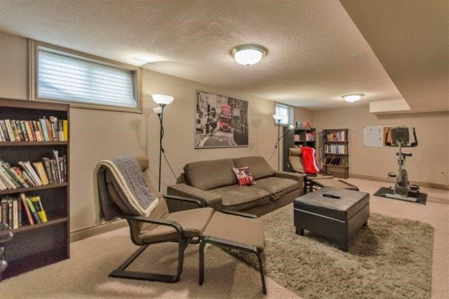 Detached at 407 Citation Dr, London, Ontario. Image 4