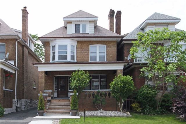 Detached at 98 Carrick Ave, Hamilton, Ontario. Image 1