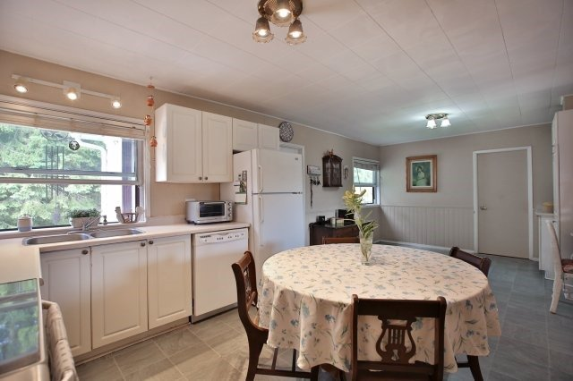 Detached at 7821 Decker Hollow Rd, Port Hope, Ontario. Image 19