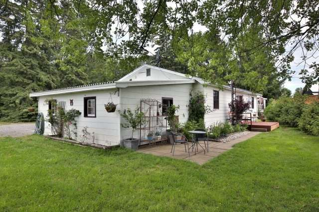 Detached at 7821 Decker Hollow Rd, Port Hope, Ontario. Image 3