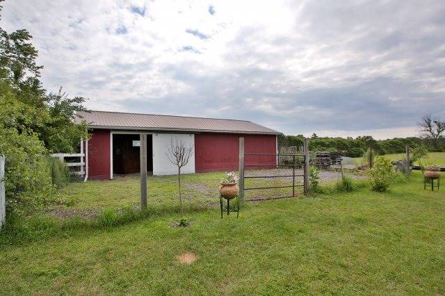 Detached at 7821 Decker Hollow Rd, Port Hope, Ontario. Image 6