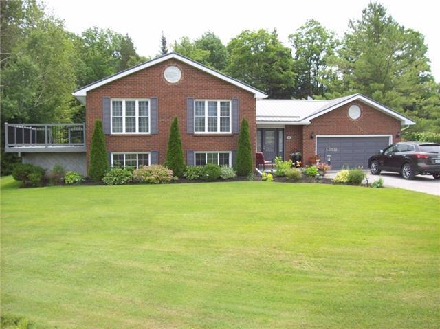 Detached at 65 Dranoel Dr, Cavan Monaghan, Ontario. Image 6