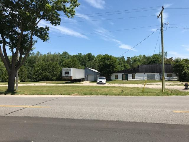 Mobile/Trailer at 5568 Highway 9 Rd, Minto, Ontario. Image 1