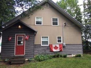 Detached at 2050** North Shore Rd, Algonquin Highlands, Ontario. Image 1