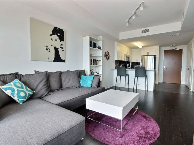 Condo Apartment at 195 Besserrer St, Unit 2604, Ottawa, Ontario. Image 18