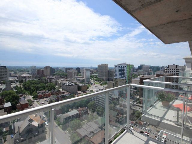 Condo Apartment at 195 Besserrer St, Unit 2604, Ottawa, Ontario. Image 8
