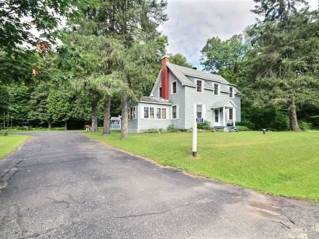Detached at 2157 Old Hwy 17, Clarence-Rockland, Ontario. Image 12