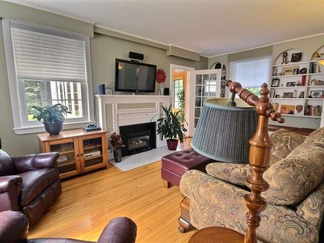 Detached at 2157 Old Hwy 17, Clarence-Rockland, Ontario. Image 19