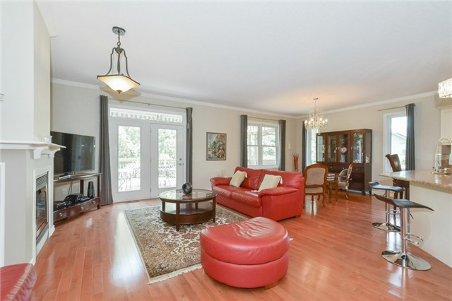 Detached at 778 Munich Circ, Waterloo, Ontario. Image 15