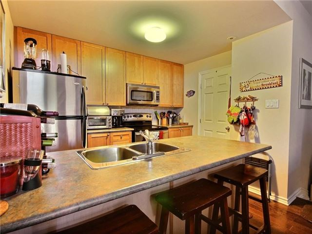 Condo Apartment at 165 Waterbridge Dr, Unit 9, Ottawa, Ontario. Image 4