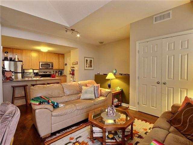 Condo Apartment at 165 Waterbridge Dr, Unit 9, Ottawa, Ontario. Image 5