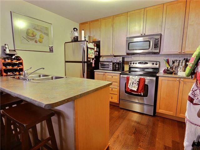 Condo Apartment at 165 Waterbridge Dr, Unit 9, Ottawa, Ontario. Image 6