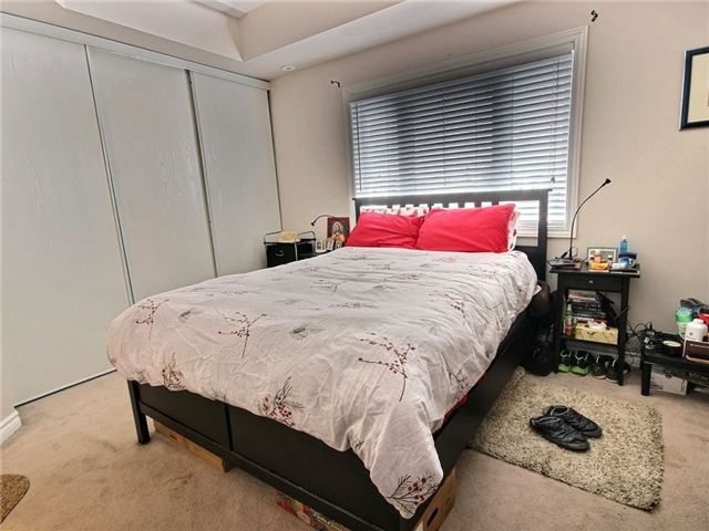 Condo Apartment at 165 Waterbridge Dr, Unit 9, Ottawa, Ontario. Image 9