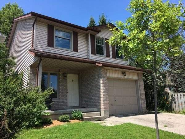 Detached at 82 Koch Dr, Guelph, Ontario. Image 1