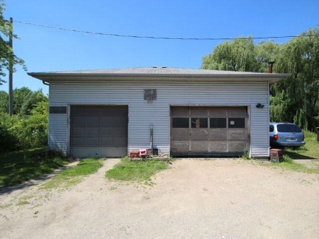 Detached at 1938 Gore Rd, London, Ontario. Image 2